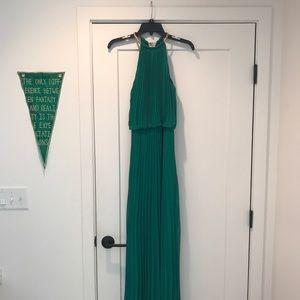 Emerald Green Pleated Chiffon Evening Dress